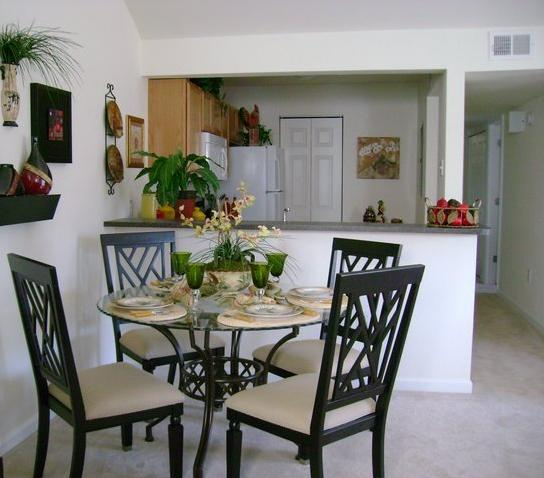 West Ashley Apartments: Relocation & Corporate